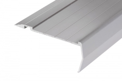 410 anodised clear-silver stair nosing
