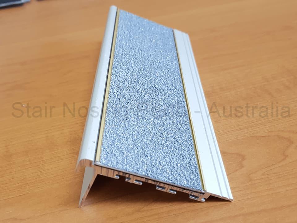 Stair nosing for carpet tiles